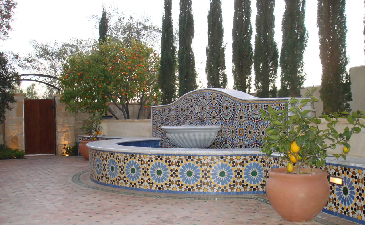 Moroccan tiles fountain